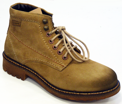 LEVI'S® Retro Indie Suede Mod Hiking Boots (Be)