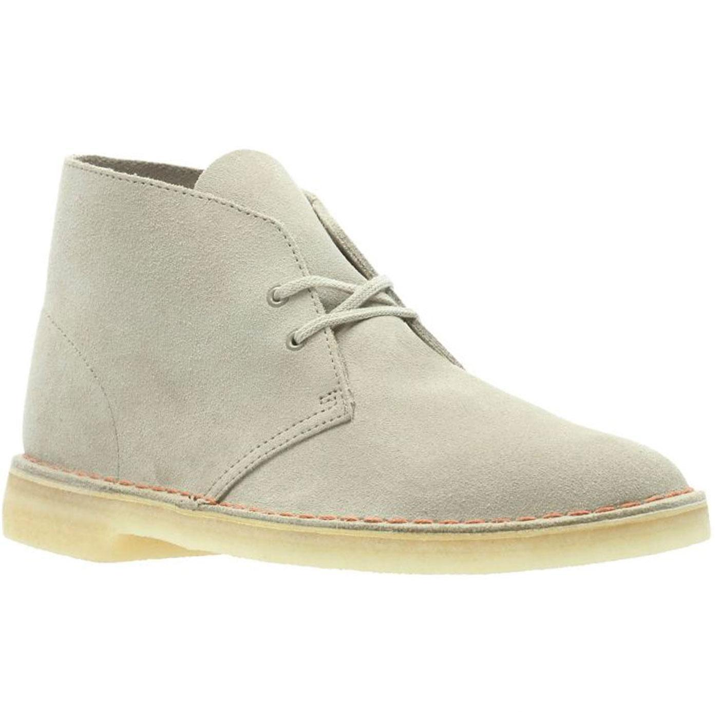 CLARKS ORIGINALS Women's Suede Desert Boots (Sand)