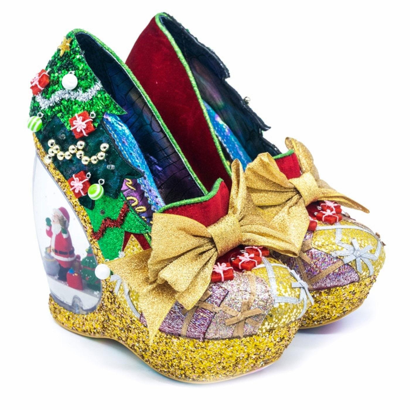 Globe Snowglobe Heel Shoes