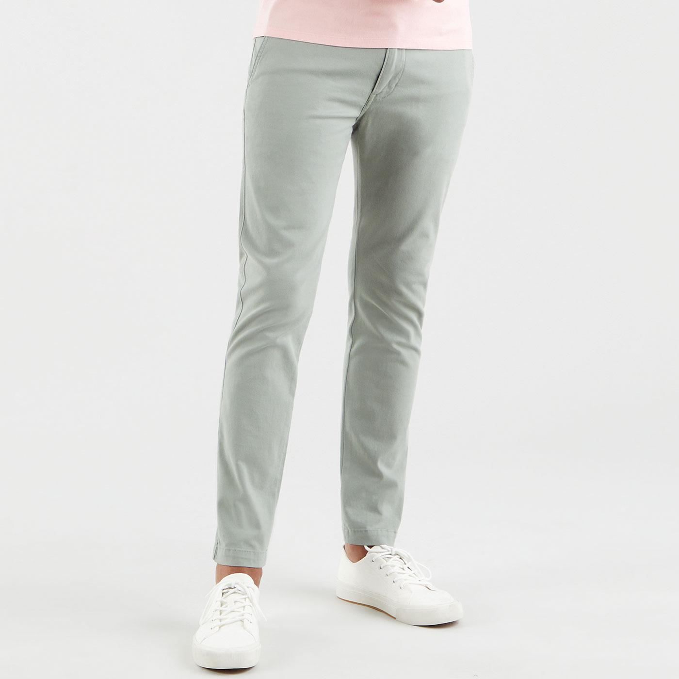 LEVI'S Standard Taper XX Chino Trousers (Shadow)