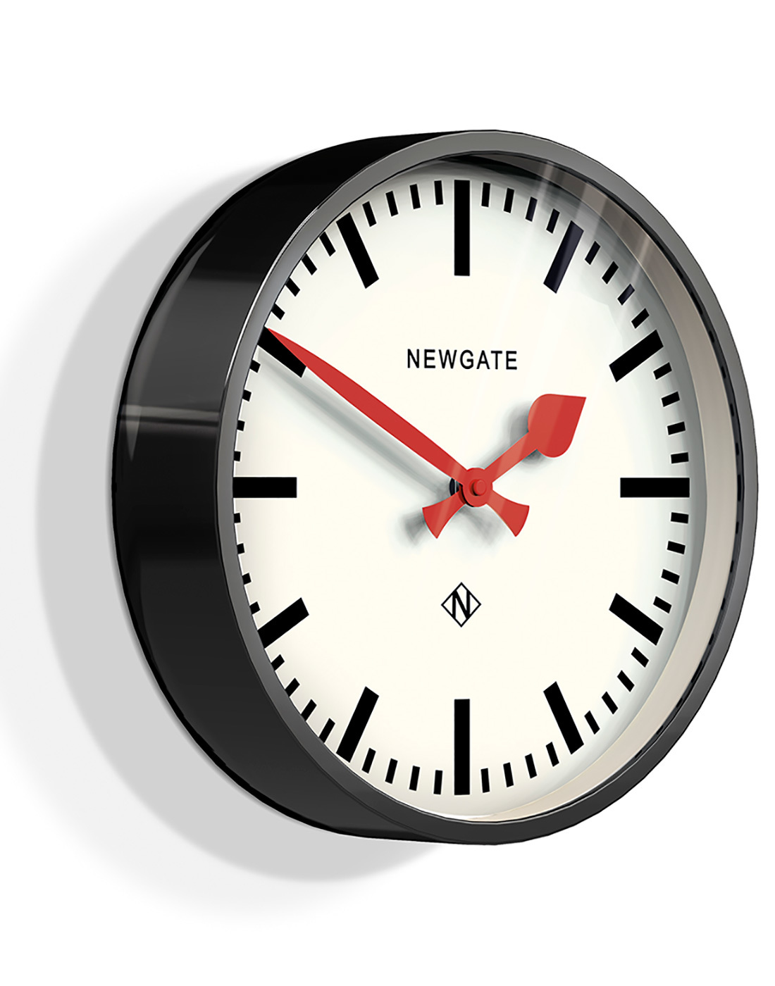 Luggage NEWGATE Retro Classic Wall Clock in Black