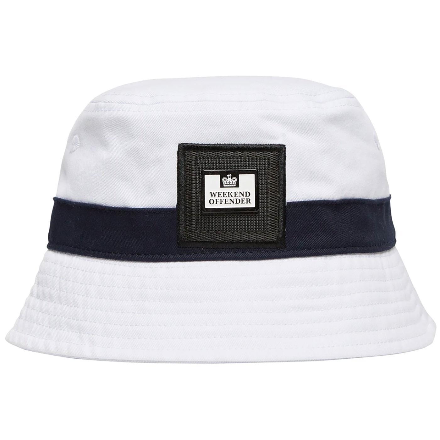 WEEKEND OFFENDER Retro 90s Indie Bucket Hat WHITE