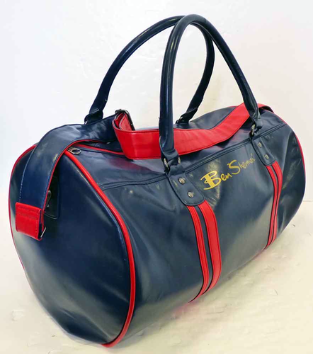 Ben_Sherman_Barrel_Bag_Navy1.png