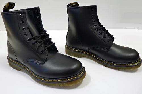 dr martens 1460 boots iconic retro mod mens boots in black