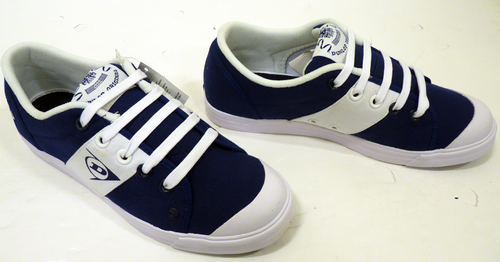 Dunlop_Navy_Greenflash_Trainers5.png
