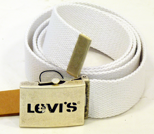 Levis_Canvas_Belt_White1.png