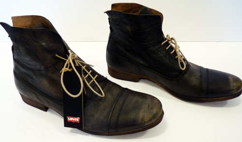 Levis_Retro_Battered_Boots6.png