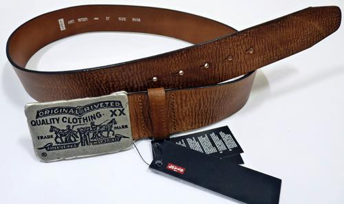 Levis_Retro_Horse_Buckle_Belt_Brown1.jpg