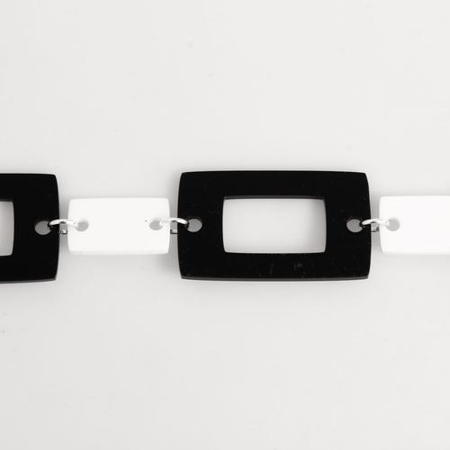 Ada Binks for Madcap England Women's 60s Retro Rectangle Chain Belt in Black