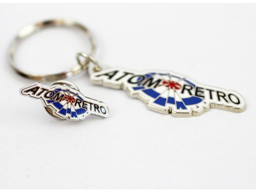 ATOM RETRO KEYRING AND PIN BADGE SET