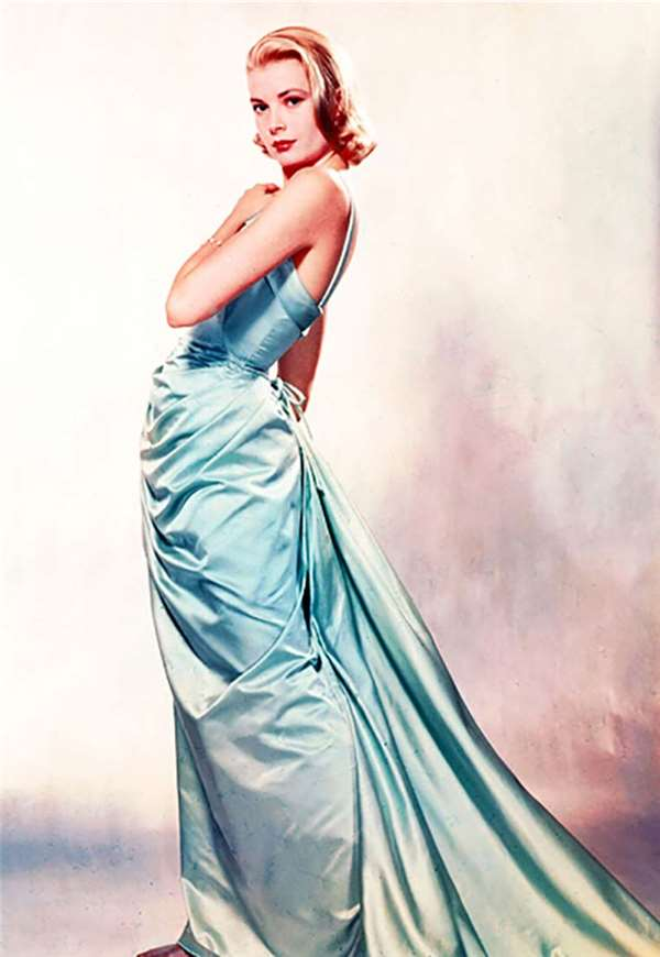 Grace Kelly in Edith Head Dress at 1955 Oscars