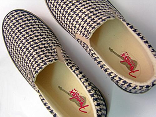'Downbeat Houndstooth' - Fender Slip On Trainers