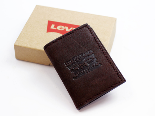 levis_card_wallet_brown1.png
