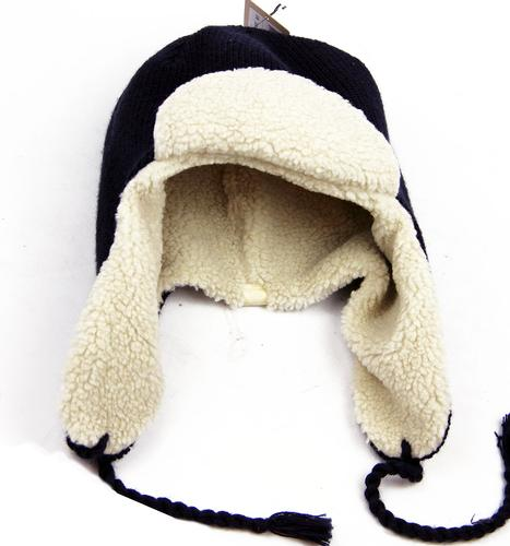 levis_knitted_trapper_hat2.jpg
