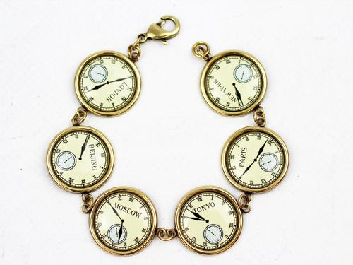love_boutique_clocks_bracelet2.jpg