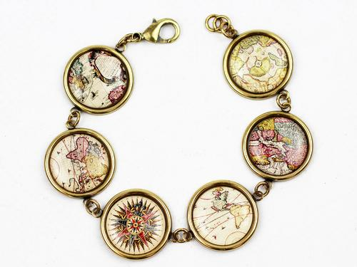 Atlas Bracelet LOVE BOUTIQUE Vintage Map Bracelet