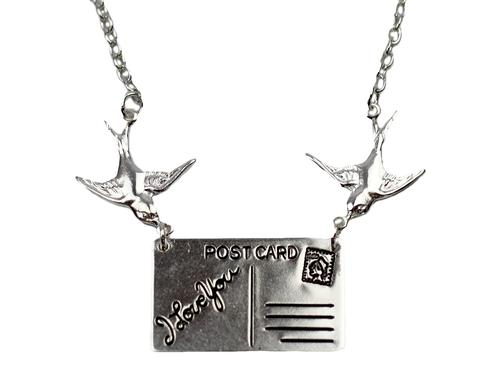 love_boutique_postcard_necklace3.jpg