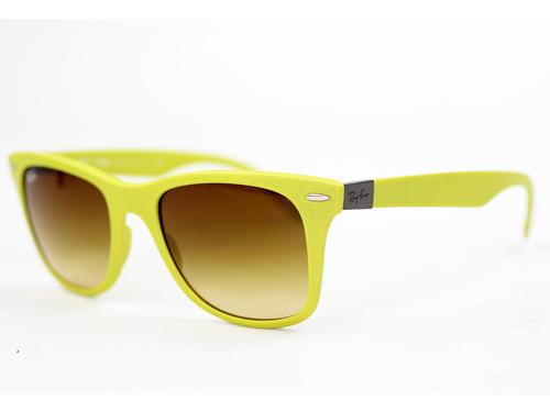RAY-BAN TECH SUNGLASSES LITE WAYFARER YELLOW