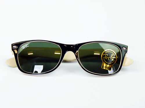Ray Ban Black And Cream Wayfarer