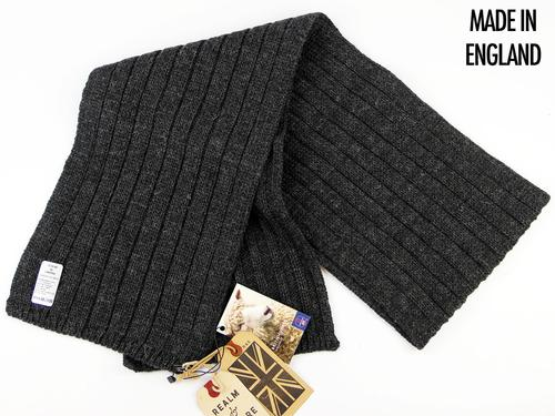 REALM & EMPIRE RETRO CABLE KNIT CHUNKY SCARF