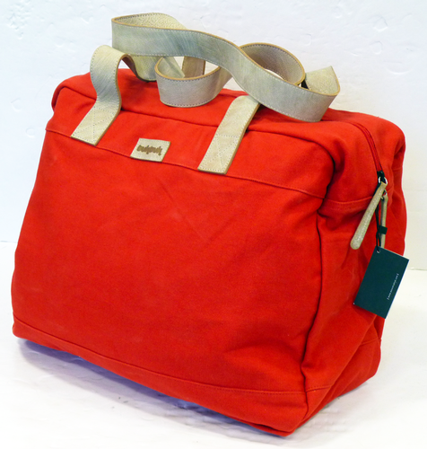 tuktuk_holdall_red5.png